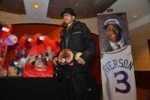allen-iverson-ceremony-march-2014-620x419