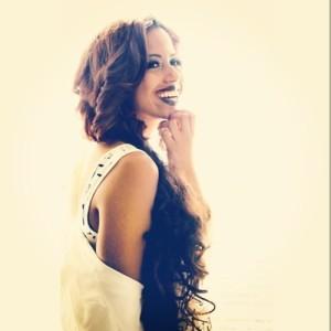 Indie/R&B Artist/Song Writer : SHENNA